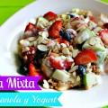 Desayuno de Dieta:Ensalada de Frutas Mixtas con Yogurt y Granola
